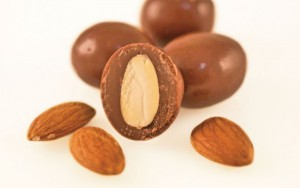 CG_Milk_Almond1-600x375